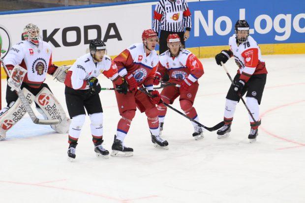 «Юность» выиграла у«Фрелунды» впервом матче 1/16 финала хоккейной Лиги чемпионов