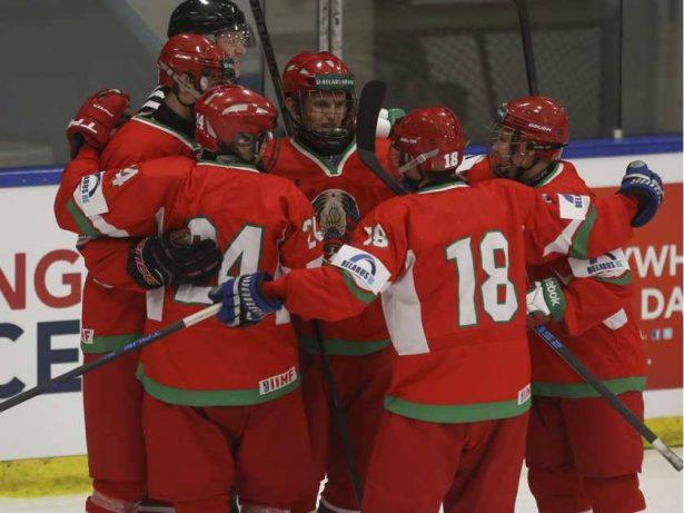 Юношеская сборная Беларуссии похоккею вышла вполуфинал престижного турнира вКанаде