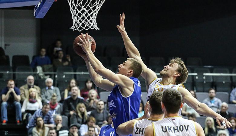 Баскетболисты «Пармы» одержали первую победу всезоне