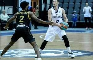 рогозенко-андрей-баскетбол
